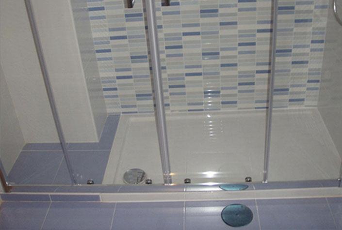 Instalar plato de ducha sustituir ba era por plato ducha - Como cambiar banera por ducha sin obra ...